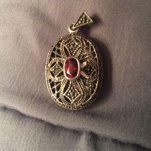 Jewelry - 925 Silver marcasite & garnet oval Lockett